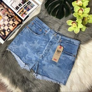 LEVI'S 501 High Rise Tango Camo Denim Shorts Sz 31